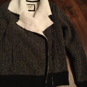 Abercrombie & Fitch Sherpa Zip-Up Jacket